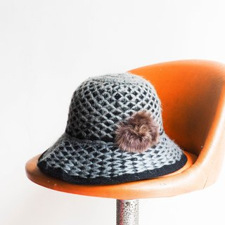 River Hill - iron gray wool plaid independence era antique ladies knit hat picture hat / cloche hat retro ladies