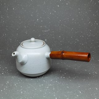 Powder green glaze curved mouth bell-shaped bamboo side of the teapot hand pottery tea props