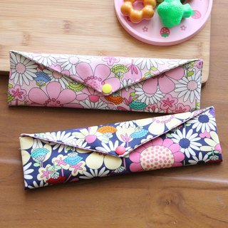 Wen Qing style green chopsticks bag meticulously limited ~ Midsummer night's dream storage package. Green chopsticks bag. Hand made cutlery bag. Exchange gifts.