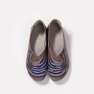 Gan Lezhong - Leather Embroidered Walking Shoes - Walnut