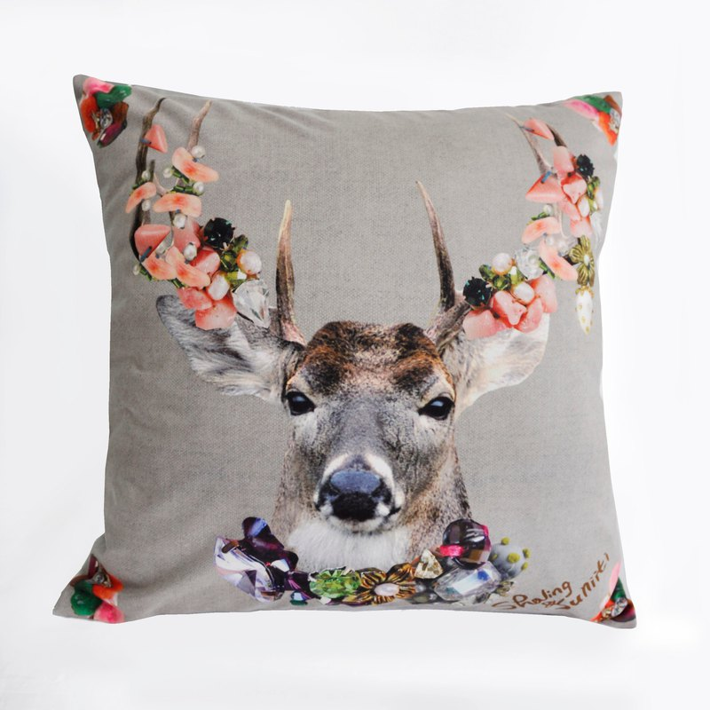 【方形抱枕】華麗的動物與珠寶-花鹿