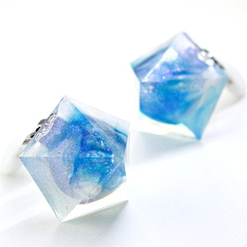 Pentagon earrings (amorphous ice)