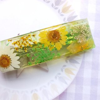 Hair pin with real flowers, Summer color ,handmade