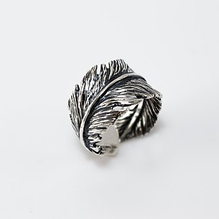 zo.craft feather ring Black money / 925 sterling silver