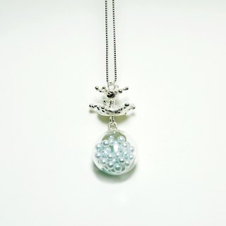 Glass ball water flower necklace