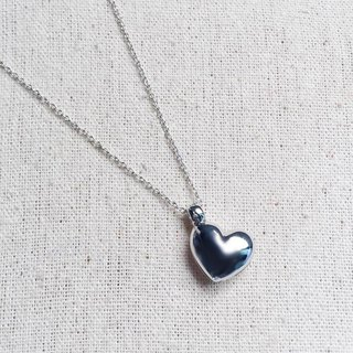Locket heart necklace