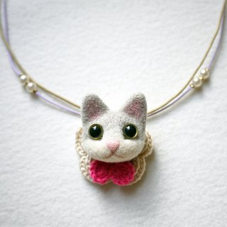 Petwoolfelt - Needle-felted light grey cat 2-ways accessories (necklace + brooch
