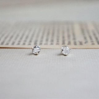 << April Birthstone - White Crystal Earrings >> Birthstone Earrings Birthstone