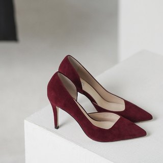 [Show products clear] bevel cut side hollowed out leather high heels retro red