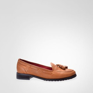 Classic brown fringed loafers