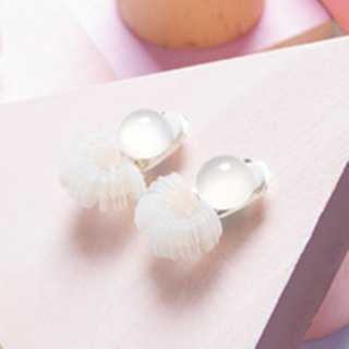 YUNSUO-original design-white chalcedony and flakes earrings clips