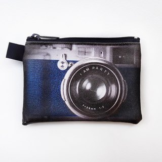 | I AM PARTY | Handmade oil canvas leather wallet - retro monocular camera 【buy to send brand badge or leisure card stickers x1】