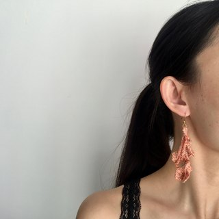 Handmade crochet tassel earrings  |  Mandarin