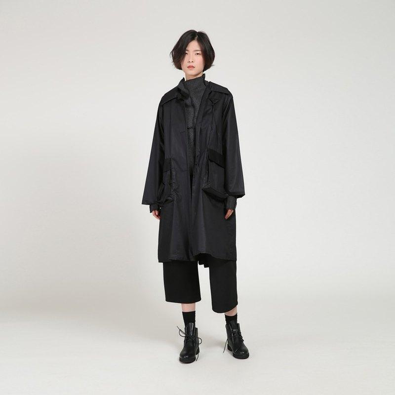 BUDU不渡  黑色趣味方形贴袋中长款风衣外套