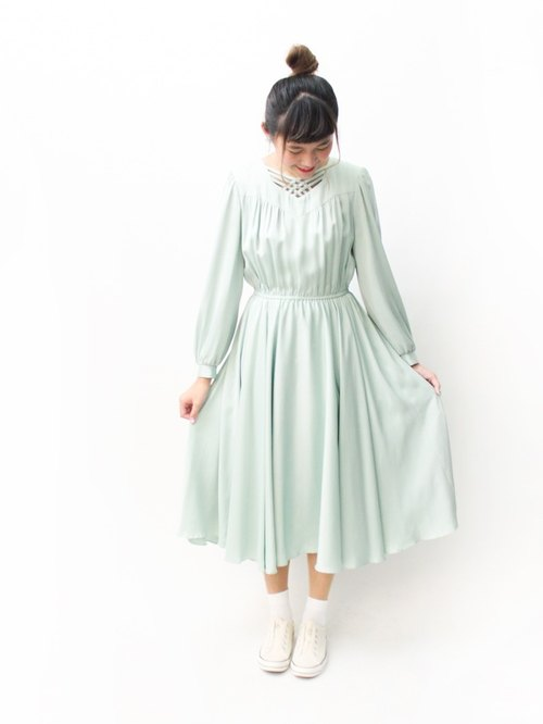 【RE1004D1389】 early autumn Japanese system retro elegant satin mint green long-sleeved ancient dress