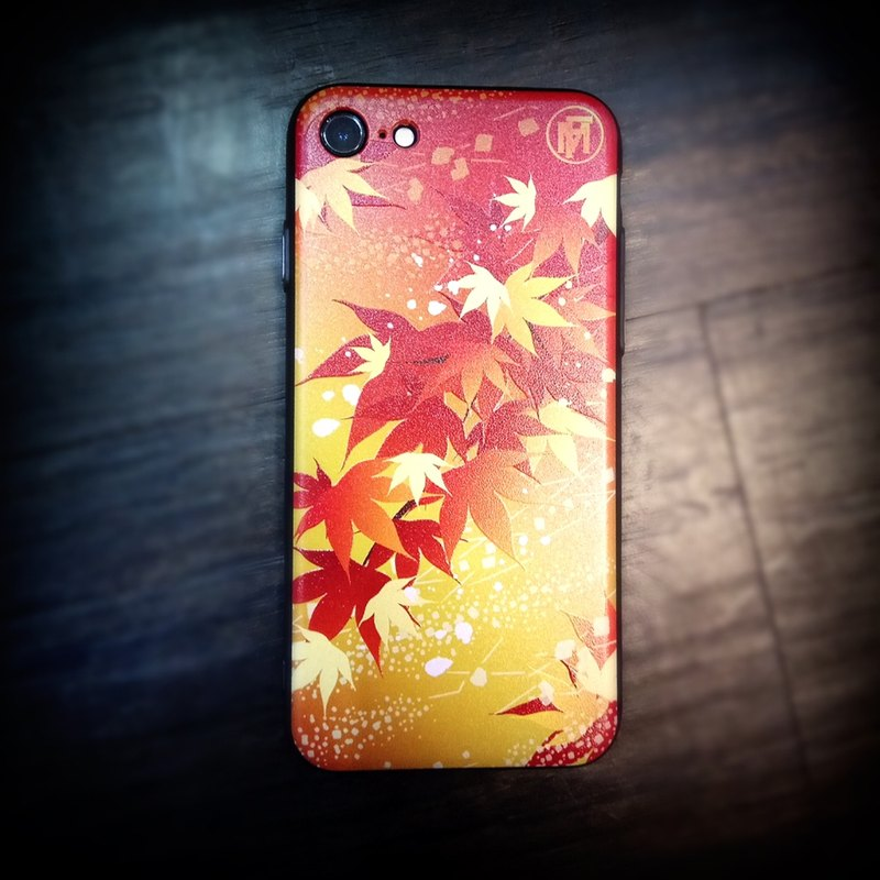 "Flame Autumn の limited ""red leaves"" Phone Case"