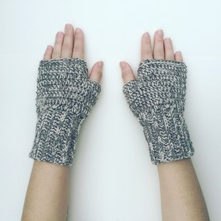 MADE to ORDER twin colors BLEND pure Merino wool Fingerless mittens(female)