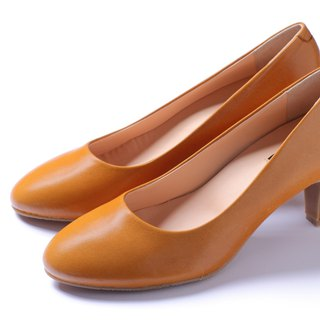 Tempered brown slender heels