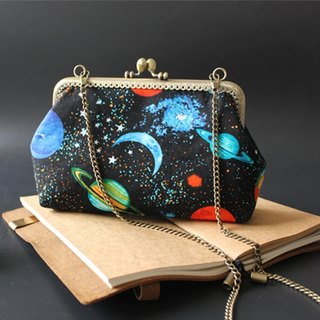 (On the new first 50% off) Arts and mouth gold package cheongsam bag Messenger bag sky iphone phone bag mobile phone bag oblique backpack bag bag birthday gift custom gift can be embroidered black