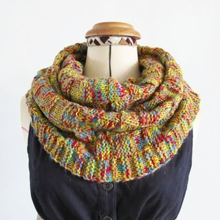 Blue wool scarf (color yarn yellow)