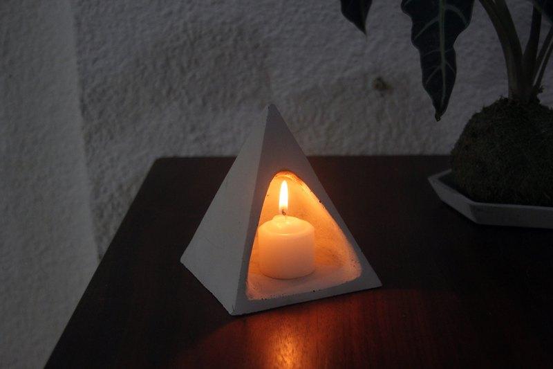帳篷 | 水泥幾何燭台 空鳳架 置物架 (附小蠟燭)