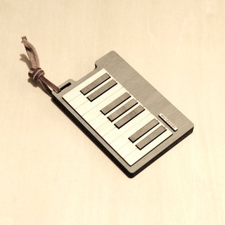 Wooden personality card holder - piano keys, card case, minimalist operation - MUTOKOGI