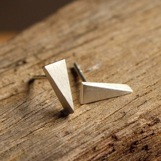 Little Triangle - Silver Earrings / Sterling Silver / Earrings / 耳環 / 銀