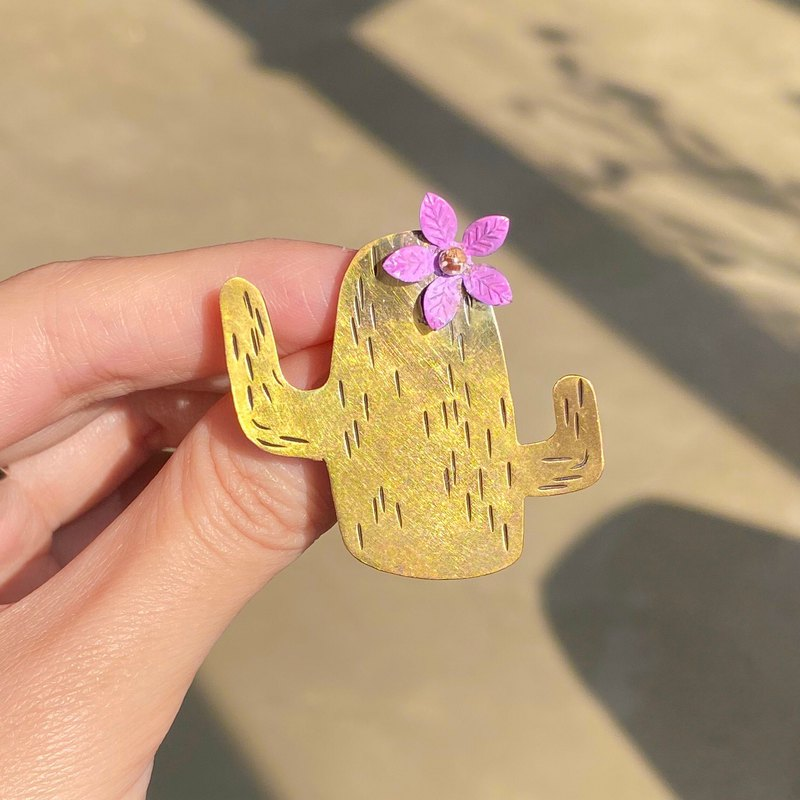 Cactus - With her animal poems Vol.1 | Handmade brass brooch #lunalunaisdreaming