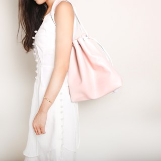 Beam bag. Pink leather / light pink / handbag / oblique bag / side backpack / summer essentials / Makai Long color