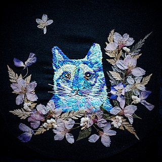Feeling Embroidery / Custom Order Embroidery Animal Kitten Flower Painting
