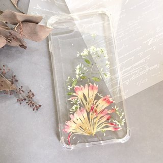 Blooming dry flower phone case