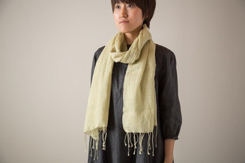 [Limited one point SALE] with fringe linen stall plant dyeing lettuce green (Wakabairo)