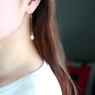 14kgf-teardrop pearl  straight pierced earrings(can change to clip-on)