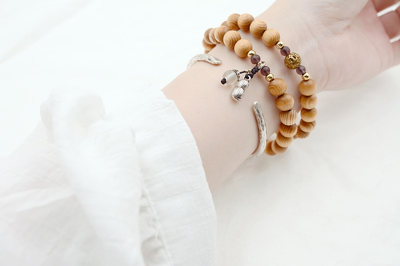 Taiwan cypress bracelets 42 pieces 8mm-longevity and happiness (purple)|Use solid wood ball bracelet to create a beautiful moon and day