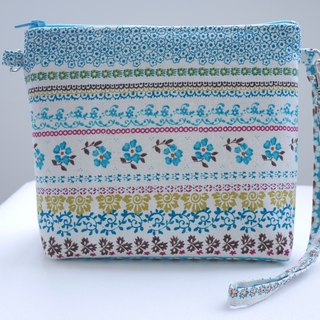 Blue Floral Totem Zipper Bag