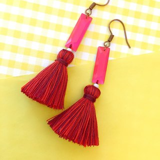 Fluorescent pink x red square fringed earrings ear hook / ear clip