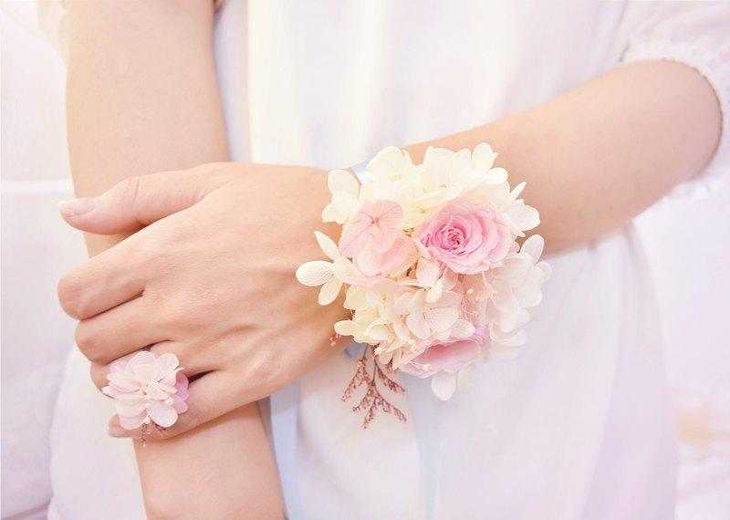 Wanyi pink rose wrist flower ring eternal flower ring marriage wanyi pink rose wrist flower ring eternal flower ring marriage bridesmaid wedding mightylinksfo