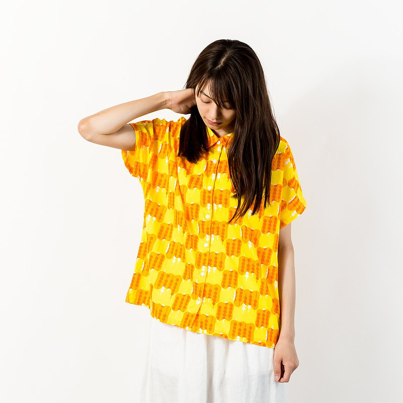 Short-sleeved blouse Mitarashi dumpling