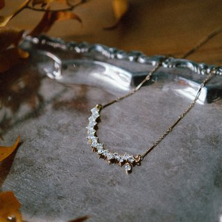 COR-DATE- Rhinestone Arc Short Chain