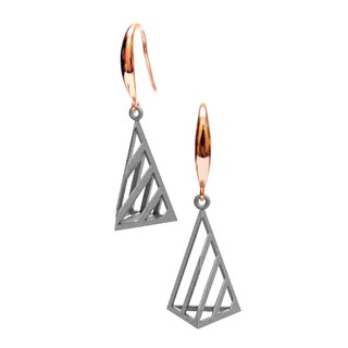 Op Triangle Earring (S) Grey | illusion Collection