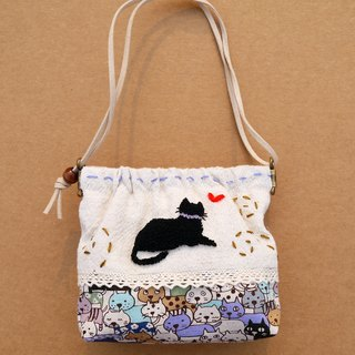 Black embroidery purse