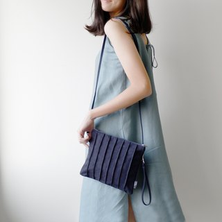 Navy Slingbag