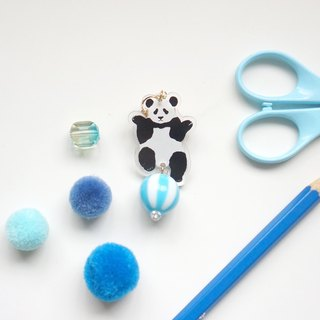 [Horned forest] single-handed jump panda and his little ball single ear clip / earrings