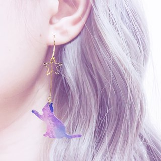 Hand under the stars cat girl stars 18K gold earrings earrings universe