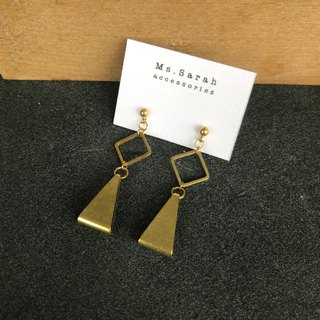 Brass earrings_Lighthouse (can be changed)