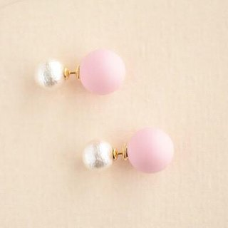 White cotton pearl pierced earrings / pink pearl catch