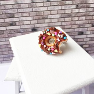 Chocolate donut ring