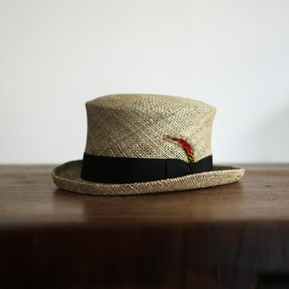 A ROOM MODEL- Select, New York Hat - Sea grass top hat woven straw hat
