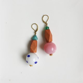 Inspiration glass wood tone natural stone earrings from marimekko