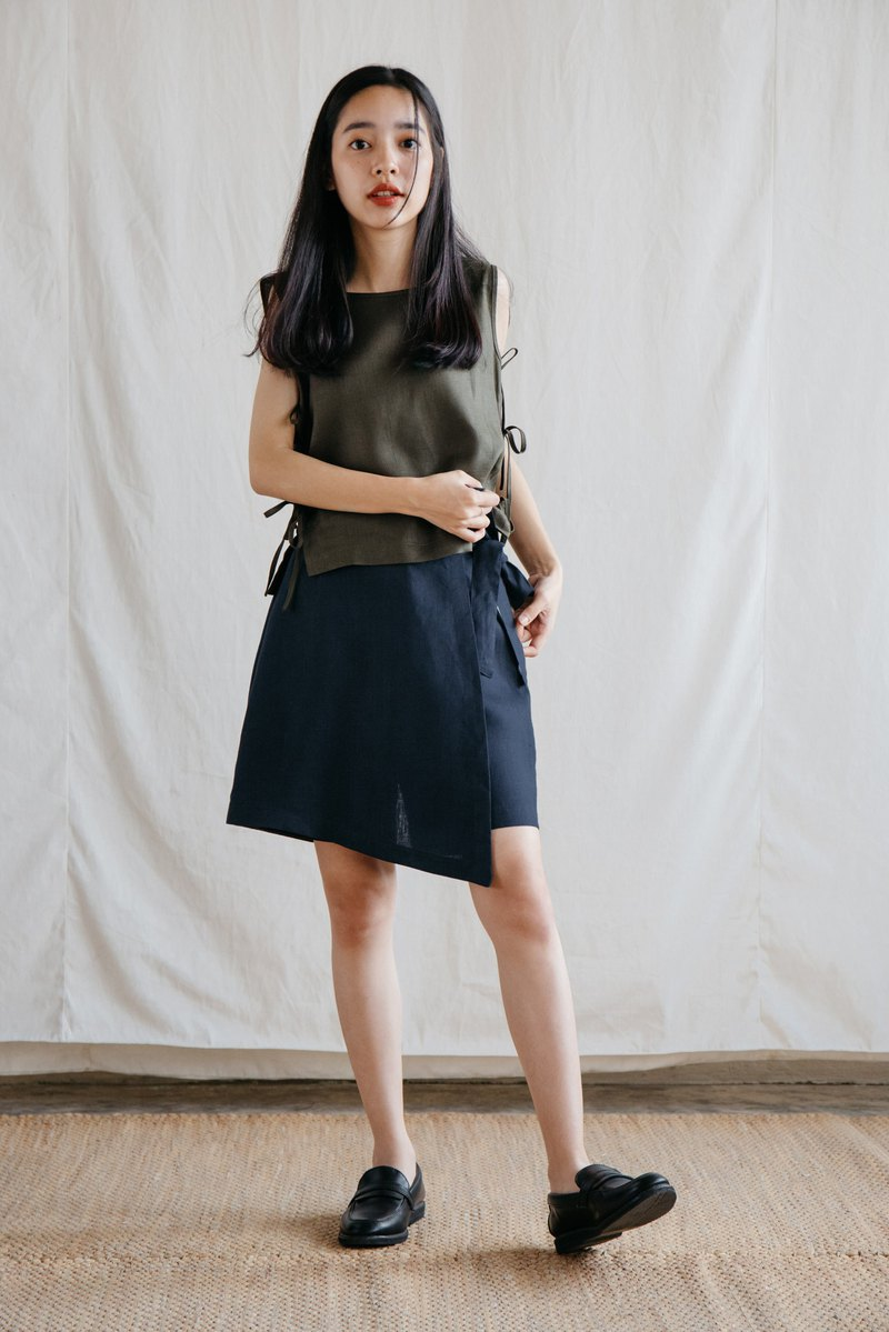Wrap Skirt Shorts in Navy